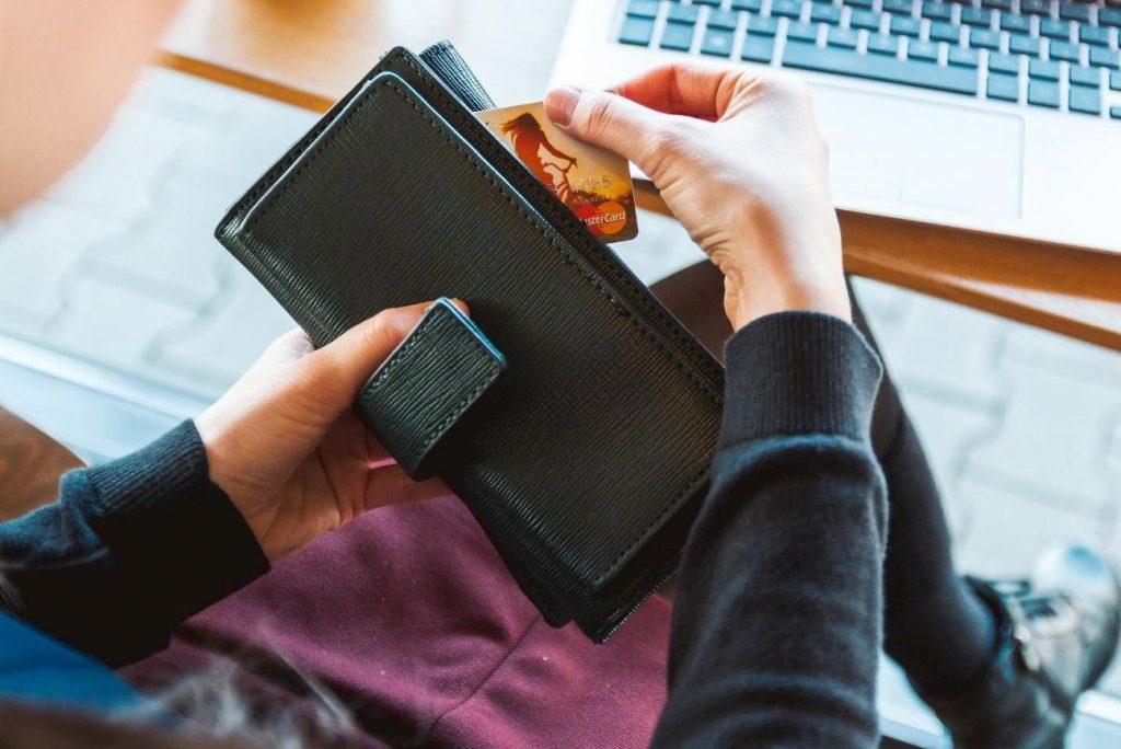 6 dicas para você parar de uma vez por todas de misturar as contas pessoais com as contas da empresa!